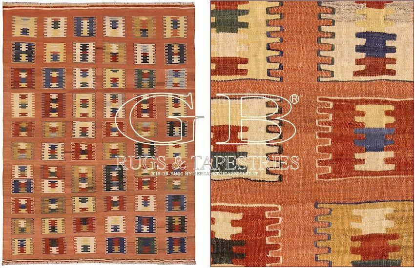 Tappeti Kilim E Sumak Antichi: Tappeti di design nepalesi ...