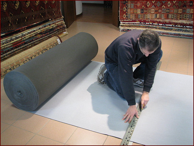 Non-slip under-carpet to protect your carpets from wear.