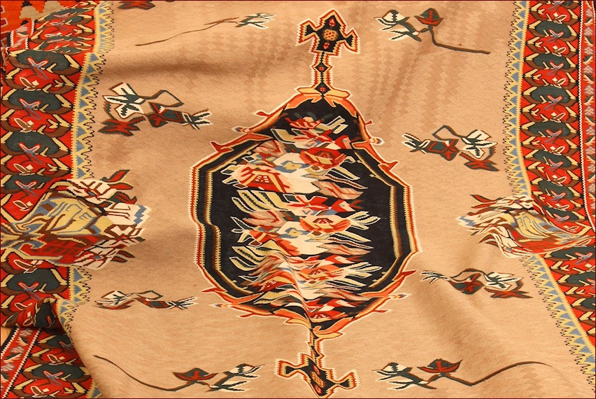 Kilim Persiani antichi, Gb-Rugs Show-room