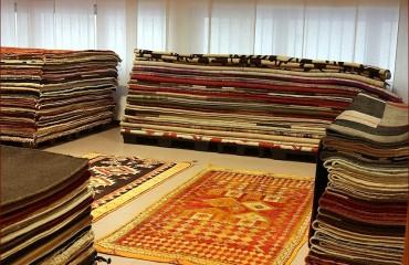 Tappeti moderni, showroom gb-rugs Padova_19