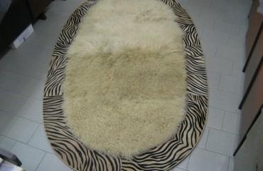 tappeto ovale mongolia bordo zebra 450x600