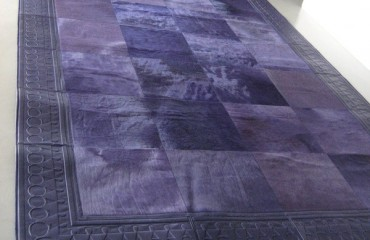 tappeto pelle impero viola 450x600