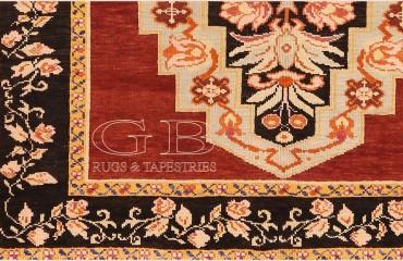 Karabag antico 230 x 130 a due medaglioni e bordo floreali