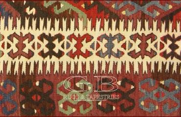 kilim Anatolia vecchio 325 X 170 140000000246 1