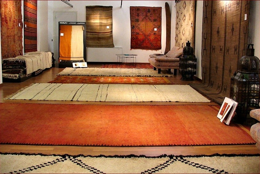 1-4-Tappeti-berberi-showroom-gb-rugs-Padova5-850x570