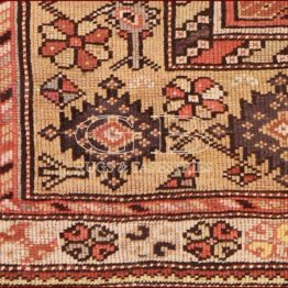 tapis melas ancien