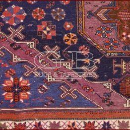 alfombra sumak antiguo